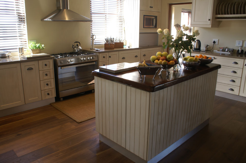 kitchen cabinets cape town